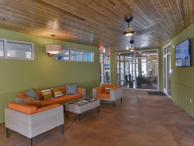 Breezeway Lounge at Urban Crest