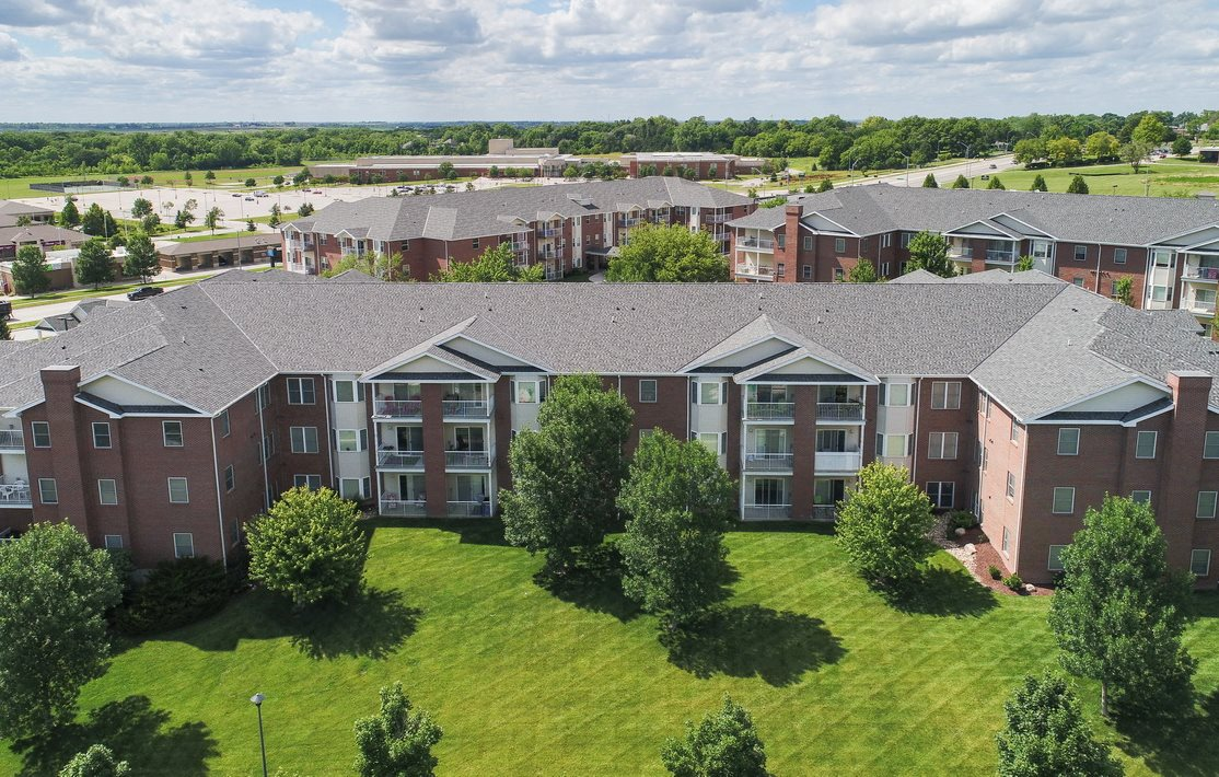 Chantacleer Apartments Apartments In Lincoln Ne