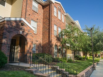 6201 Normal  1-3 Beds Apartment for Rent Photo Gallery 1