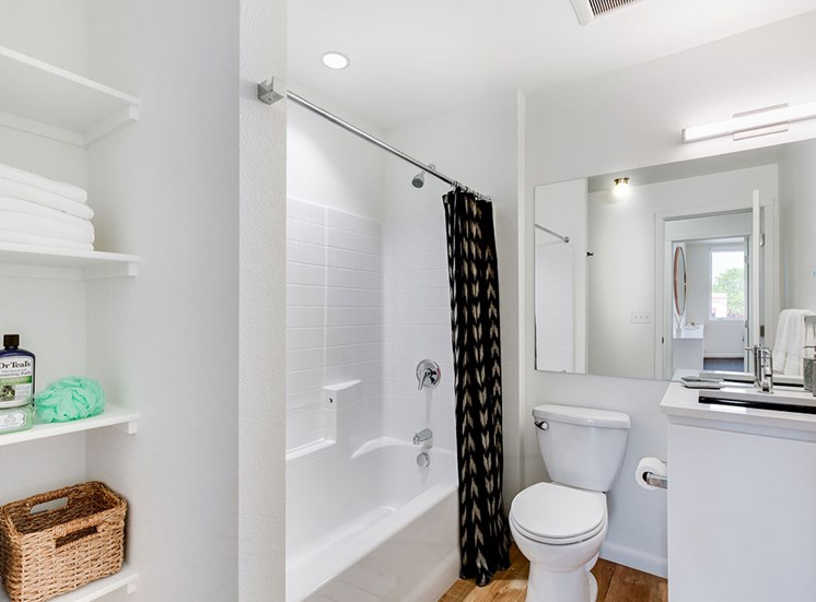 Luxurious Bathrooms at Watercooler, Boise