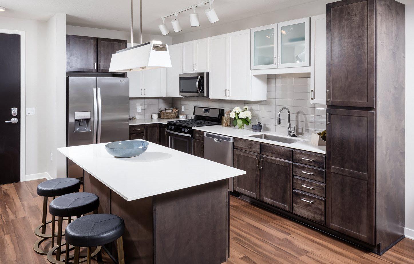 Uptown Minneapolis Apartments Foundry Lake Street
