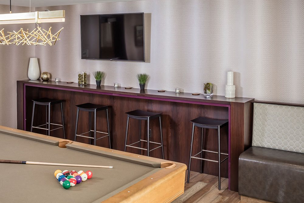 Foundry Lake Street Apartments Lifestyle - Pool Table