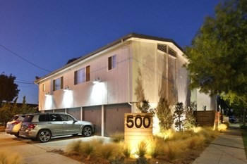 500 Junipero Ave. 1-2 Beds Apartment for Rent Photo Gallery 1