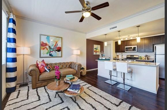 Seta Apartments 7346 Parkway Dr La Mesa Ca Rentcaf