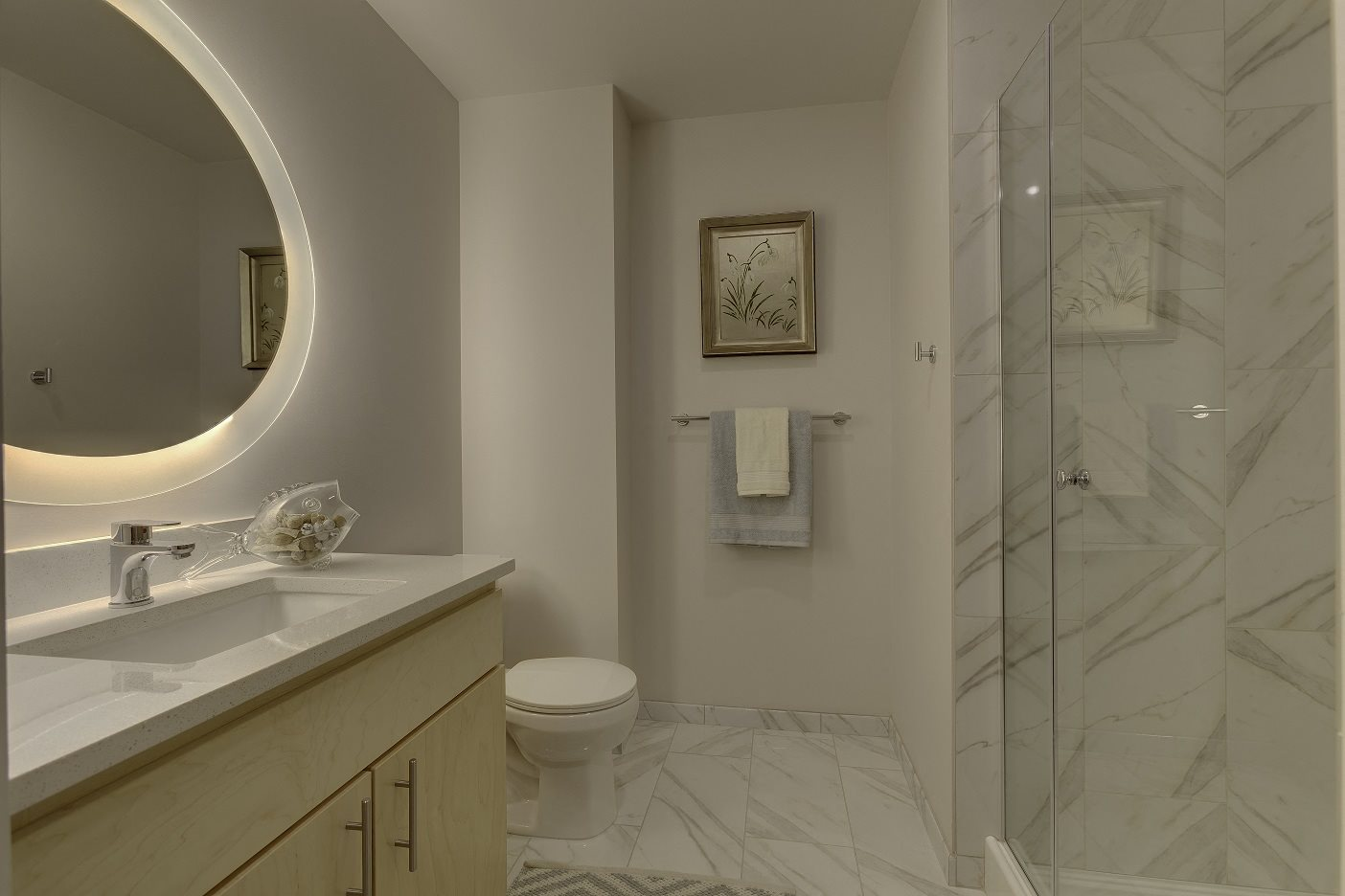 The Mercer_Mercer Island WA_Apartment Master Bathroom Vanity