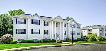 100 Liberty Drive, 1-2 Beds Apartment for Rent Photo Gallery 1