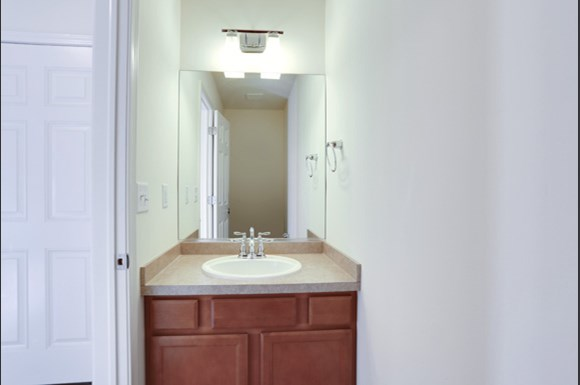 750 Robin Rd Amherst - Powder Room