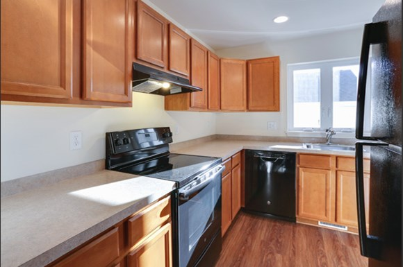 750 Robin Rd Amherst - Fully Applianced Kitchen