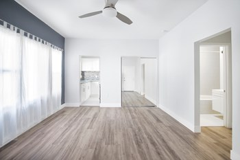511 South Rampart Blvd, 1 Bed Apartment for Rent Photo Gallery 1