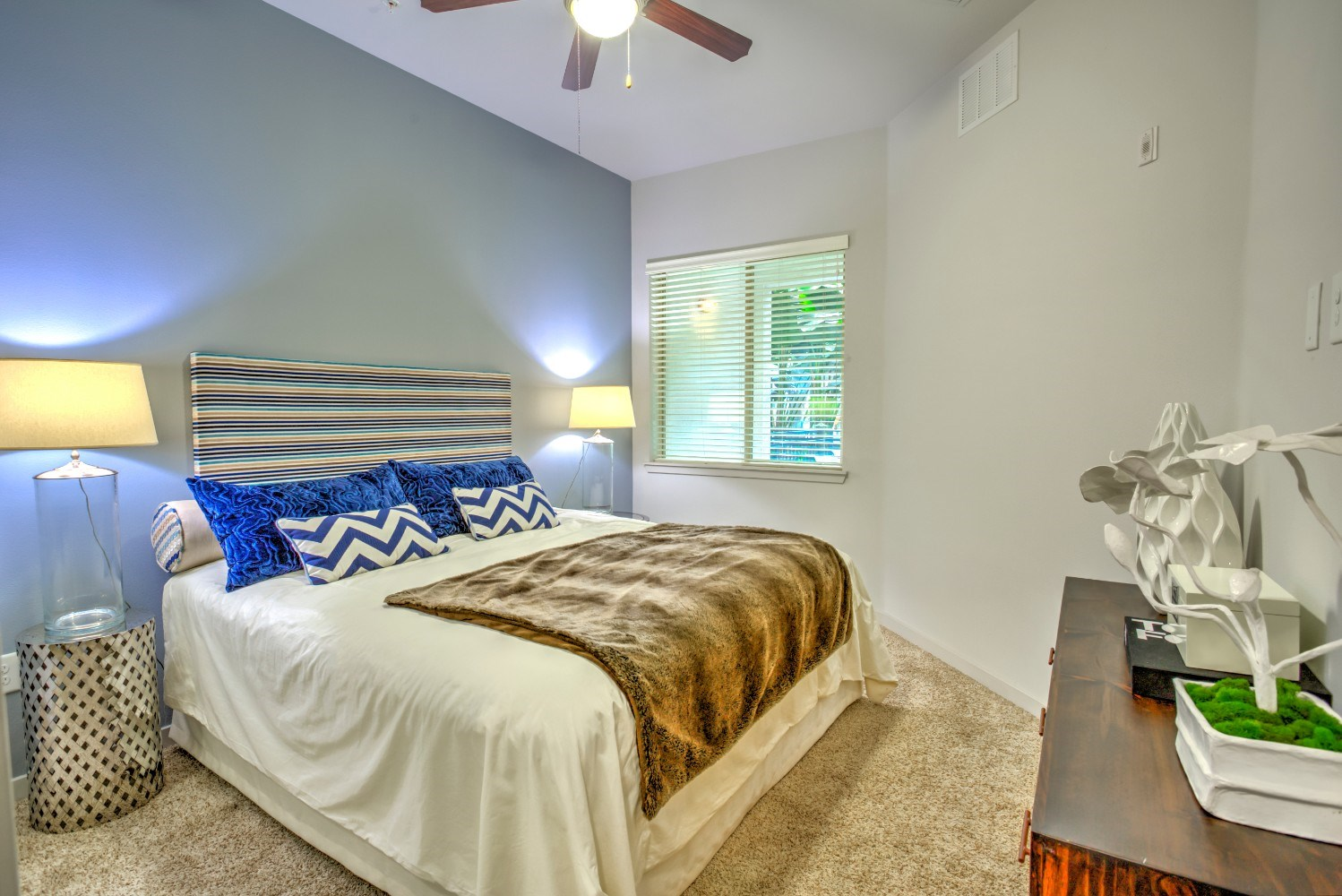 Cozy bedrooms at Accent apartments, 5550 Grosvenor Blvd, 90066