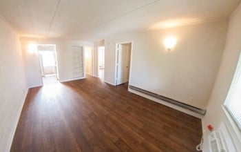 1523 Highland Avenue 2-3 Beds Apartment for Rent Photo Gallery 1