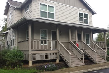 277 SW Walnut Ave 2 Beds Apartment for Rent Photo Gallery 1