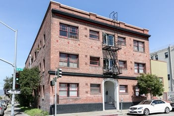 646 16Th Street Studio-1 Bed Apartment for Rent Photo Gallery 1