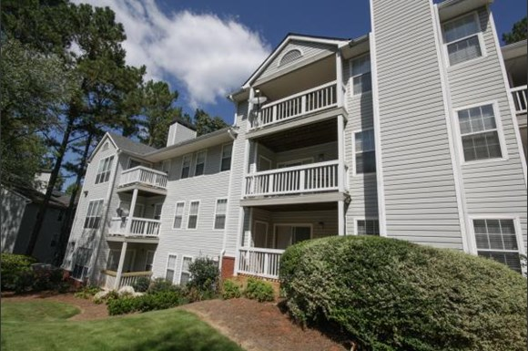 Wood Pointe Apartment Homes 1001 Burnt Hickory Road Marietta Ga Rentcaf