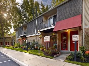 300 Barton Run Boulevard 1-2 Beds Apartment for Rent Photo Gallery 1