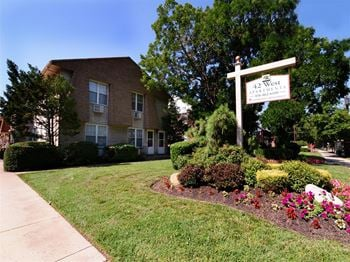 42 West Maple Avenue 1-2 Beds Apartment for Rent Photo Gallery 1