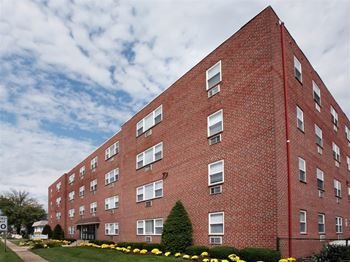 277 South White Horse Pike Studio-2 Beds Apartment for Rent Photo Gallery 1