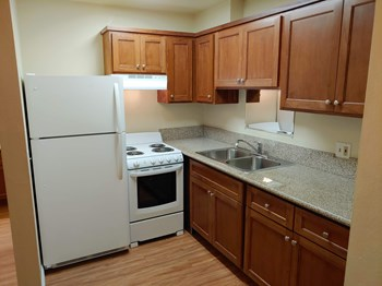 4122 Glenalbyn Dr Studio-1 Bed Apartment for Rent Photo Gallery 1