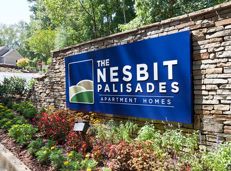 Entry at Nesbit Palisades apartment community in Alpharetta, GA 30022