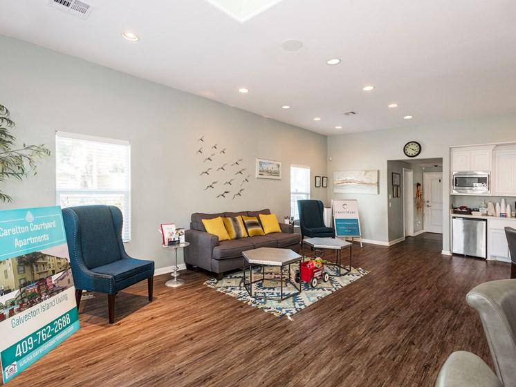 Spacious Living Room at Carelton Courtyard Apartments, Galveston, 77550