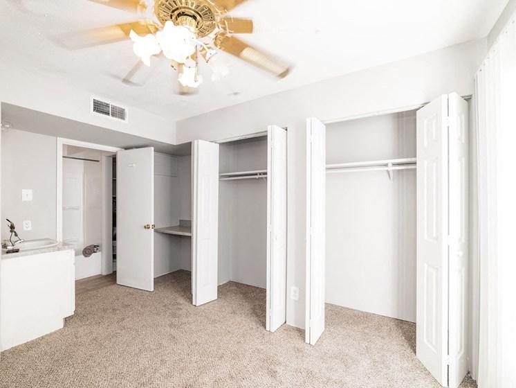 Apartment Interior at Carelton Courtyard Apartments, Galveston, TX, 77550