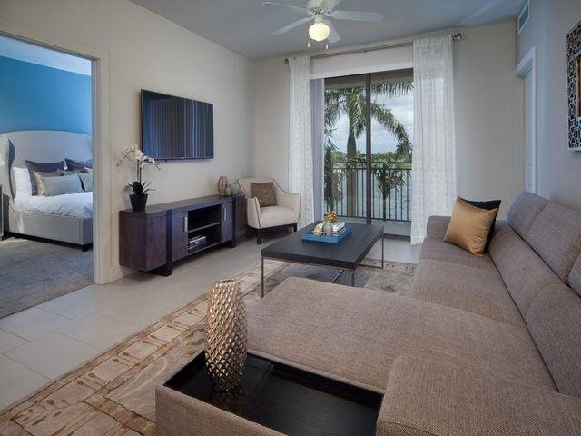 Spacious and modern designed apartment homes at at Windsor at Doral,4401 NW 87th Avenue, FL 33178