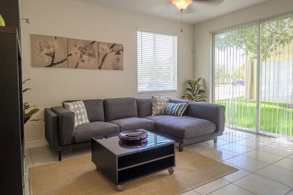 Luxury Family Room w/ Patio, Palm Breeze at Keys Gate near The Hammocks