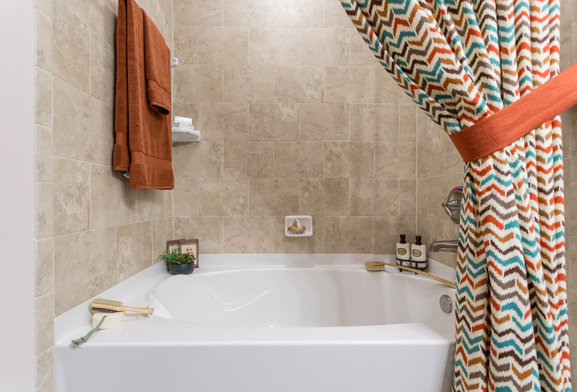 Garden Tub at Orchid Run Apartments in Naples, FL