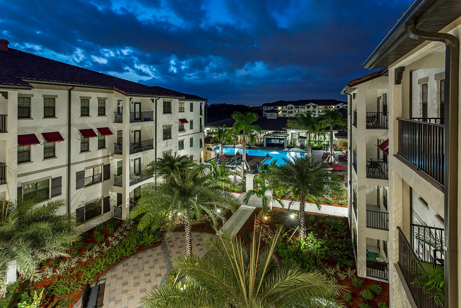Courtyard at Orchid Run Apartments in Naples, FL