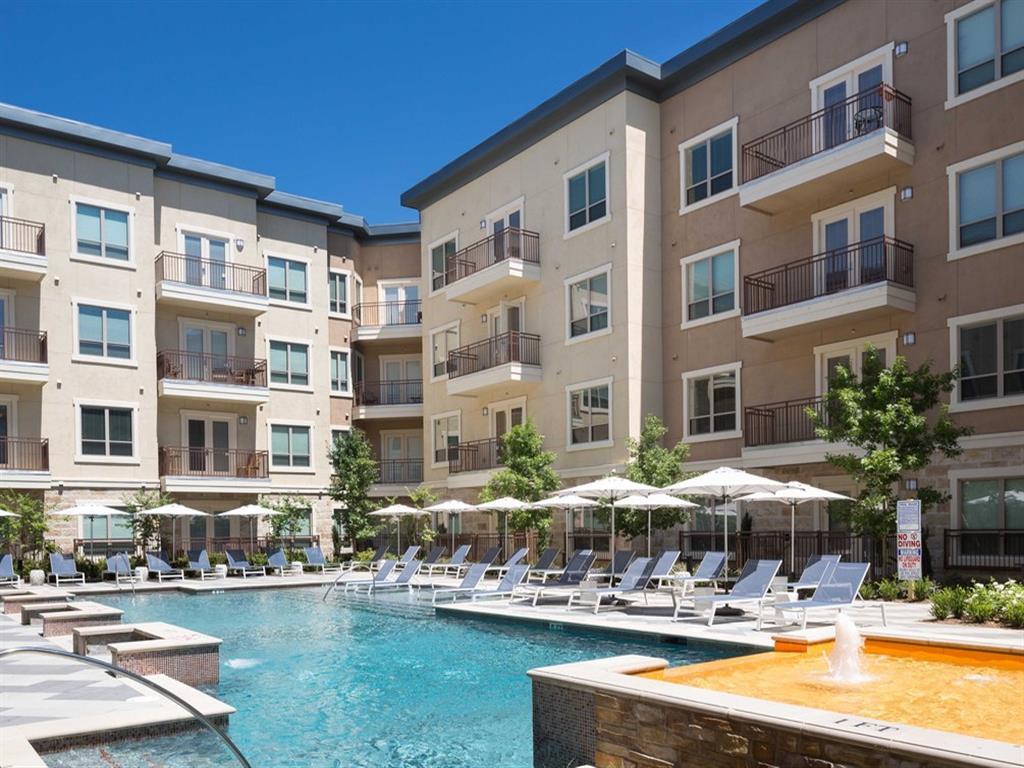 Fountain Pointe Las Colinas photogallery 18
