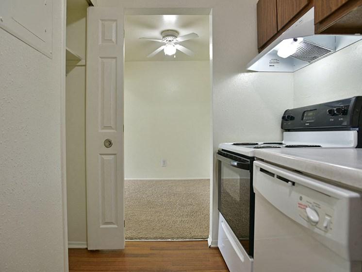 Dishwasher at Windsor Place, Davison, MI