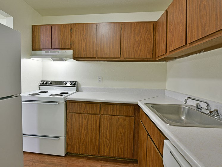 Equipped Kitchen at Windsor Place, Michigan