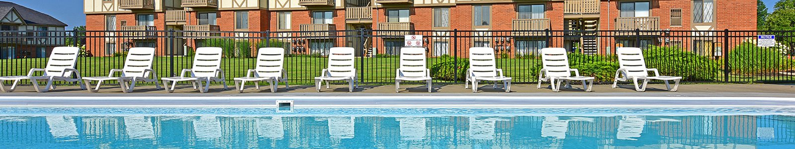 Pool With Sunning Deck at Grand Bend Club Apartments, Grand Blanc
