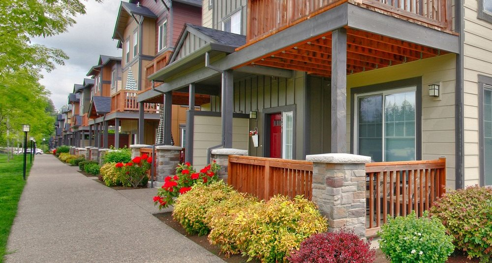Sherwood, OR Creek View Crossing Apartments exterior