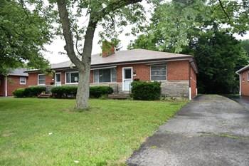 2964-66 Mt. Holyoke 3 Beds Duplex/Triplex for Rent Photo Gallery 1