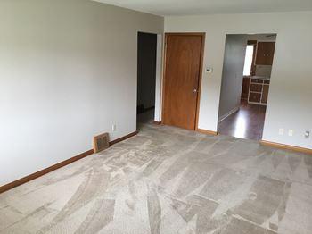 2822-2824 Mt Holyoke Rd 2 Beds Duplex/Triplex for Rent Photo Gallery 1