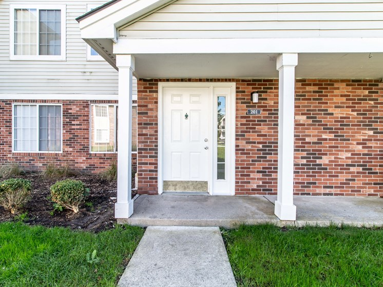 Private Entrance at The Heights Apartments in Madison Heights, MI