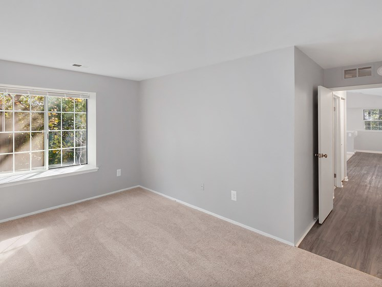 Updated Styles at The Heights Apartments in Madison Heights, MI