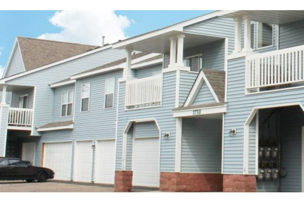 Selected Apartment Homes Include Garages
