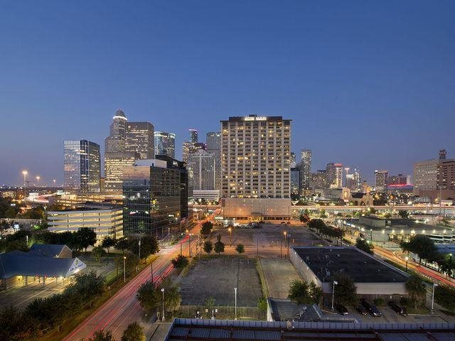 Classic Rooftop Views at Midtown Houston by Windsor, Houston, 77002