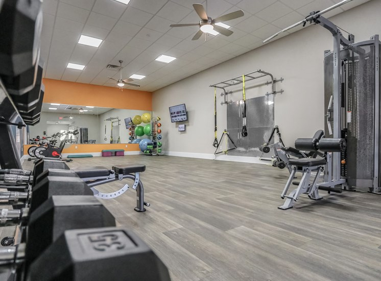 7 orlando apartment fitness center free weights weighted machines