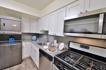5764 Stevens Forest Rd Studio-3 Beds Apartment for Rent Photo Gallery 1