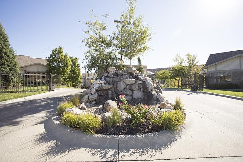 circle landscaping at Grand Legacy in Omaha Nebraska