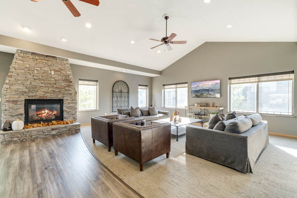 Renovated great room with fireplace  at Grand Legacy apartments and townhomes in west Omaha NE 68130