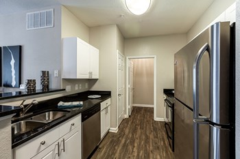 2600 Harvest Creek Place 1-3 Beds Apartment for Rent Photo Gallery 1