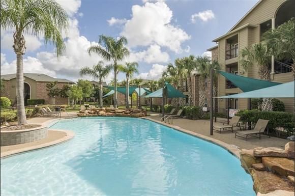 Villas Coronado Apartments Houston