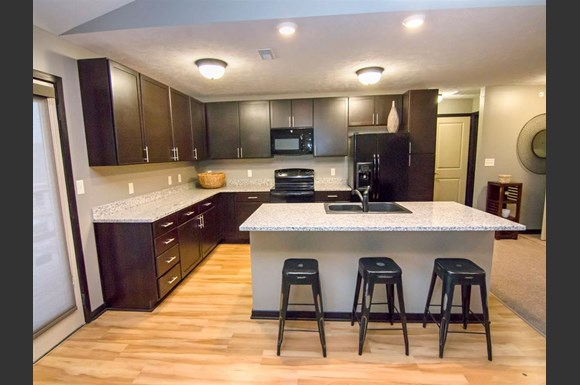 The Flats At 84 Apartments 8300 Cheney Ridge Road Lincoln Ne Rentcaf