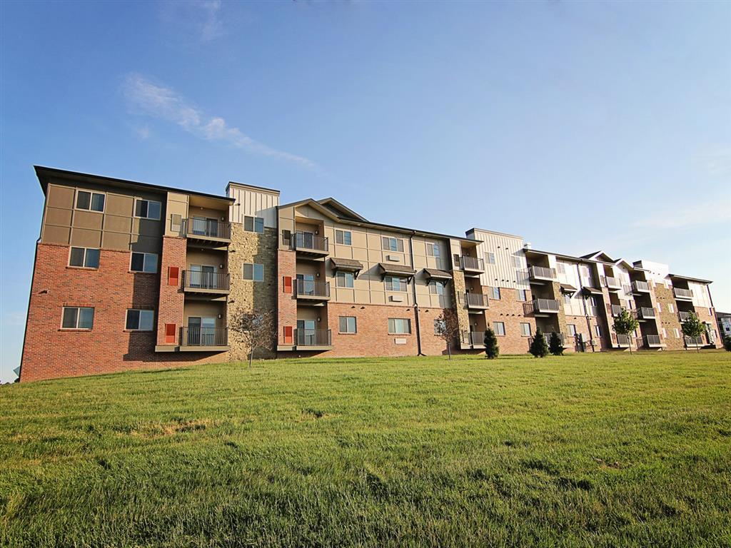 The Flats At 84 In Lincoln NE Exterior View