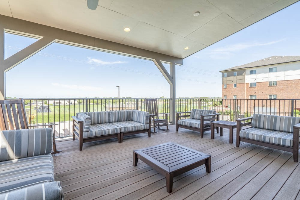 Outdoor covered lounge at The Flats at 84 in southeast Lincoln NE 68516