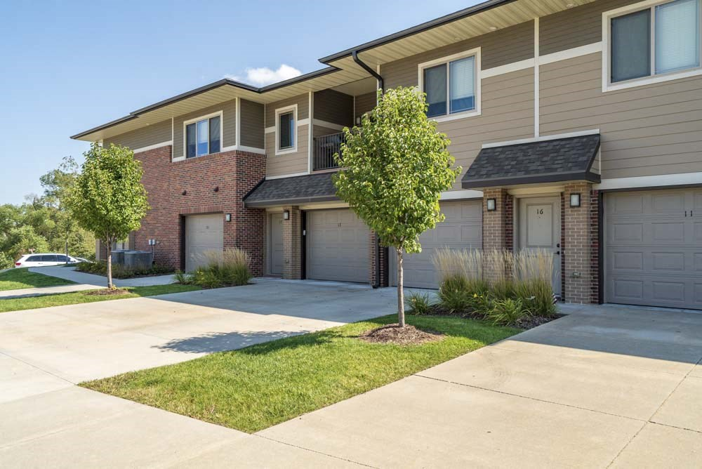 Attached garages and private entrances at Villas of Omaha in northwest Omaha NE 68116